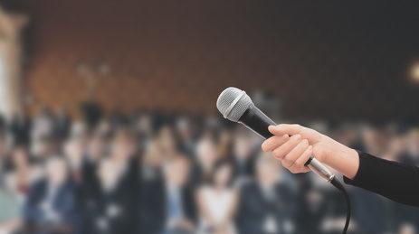 Wystąpienia publiczne, gdzie się tego nauczyć? Poznaj Toastmasters