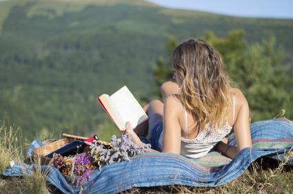 8 wartościowych książek na wakacje