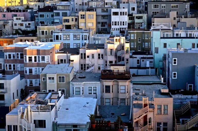 Gdzie zdobywać wiedzę o inwestowaniu w nieruchomości?